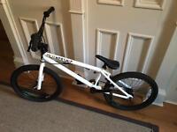 United Bikes 'Mothership' BMX type bike