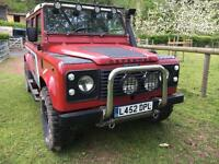 Landrover defender 110 csw 12 seater