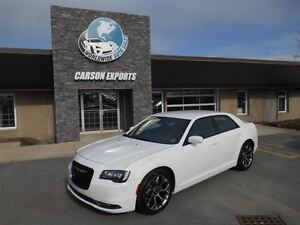 2015 Chrysler 300 S! GORGEOUS! FINANCING AVAILABLE