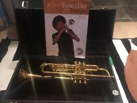 REDUCED! Trumpet Bb King 601 USA +Student Book +CD