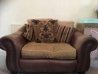 Cuddle Chair Brown/Beige