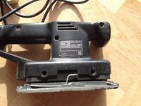Black & Decker Sander 135W