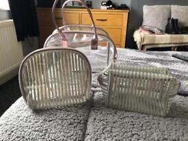 3 Make up bags