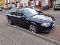 Black Audi A4 Estate (05)