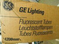 BOX OF 24 FLUORESCENT LIGHT TUBES 4ft