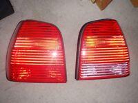 VW 2004 tail lights/indicators