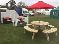 Round 8 Seater Picnic Table