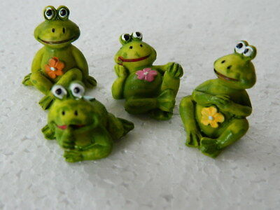 (A3.11) DOLLS HOUSE RESIN SET OF FOUR QUIRKY POND FROGS