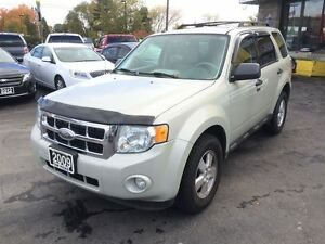 2009 Ford Escape , LEATHER, SUNROOF, ALLOYS!