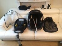 Maxi Cosi Cabriofix car seat and Easyfix isofix with Bugaboo bee adaptor