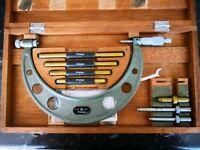 "Mitutoyo 0-4"" interchangeable Anvil External Micrometer"