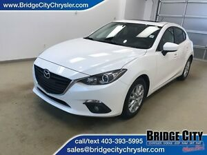 2014 Mazda MAZDA3 GS-SKY- Heated Seats, Bluetooth!