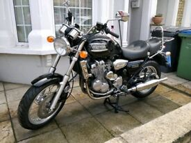 Triumph Thunderbird 900, super low miles, great condition.