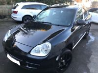 Porsche Cayenne S Tiptronic 4.5 V8 - VERY low Mileage