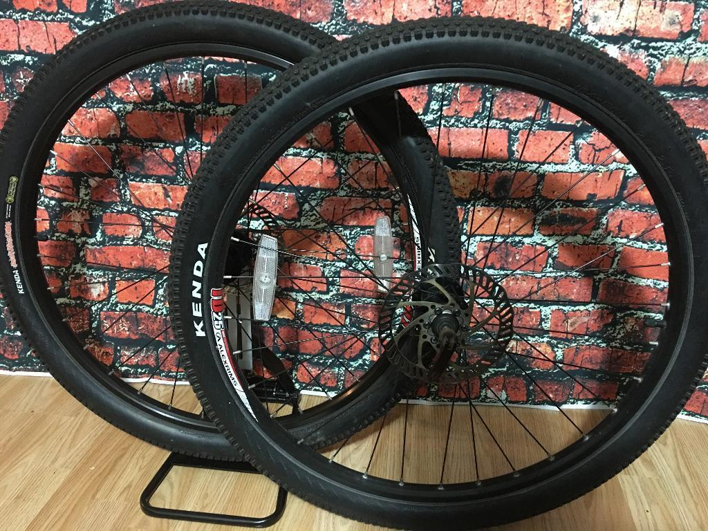 """Alex rims TD25 26"""" Disc wheelsin Hamilton, South LanarkshireGumtree - Complete with lends tyres and discs,no cassette.Double walled ideal for a cheap build or winter ride.Priced is fixed"""
