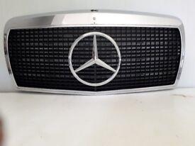 Mercedes W126 Grille