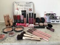 Never used Extensive Make-up Collection