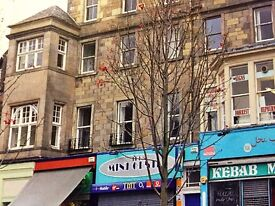 Bright Spacious 5 bedroom flat for festival let. Located next to the Festival Theatre, Nicolson Sq.