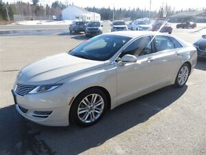 2015 Lincoln MKZ HYBRID ONLY 6800 KMS!!