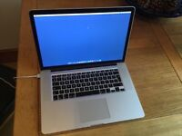 APPLE MACBOOK PRO 15 RETINA 2.2GHZ i7 - 16GB RAM - 251GB SSD - GOOD CONDITION