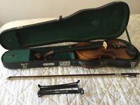 Violin 3/4 size by Skylark. Includes bow, shoulder rest and case.
