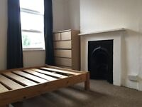 Spacious Double Bedroom In Bright Leyton Flat.