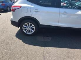 Nissan qashqai tyre with rims for sale