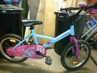 """Girl bike 16"""" wheels"""