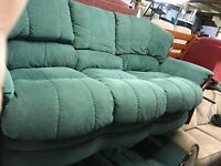 LOVELY 3 PIECE SUITE FOR SALE