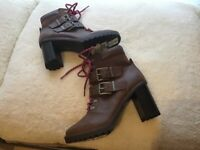 Marks & Spencer pair of brand new ladies boots size 5 and a half