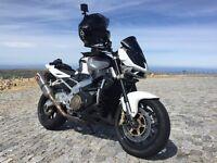 Aprila Tuono 2011 V-Twin White Motorcycle