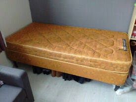 BED SINGLE - BASE AND MATTRESS 3ft x 6ft3in