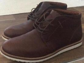 LowTop Boots
