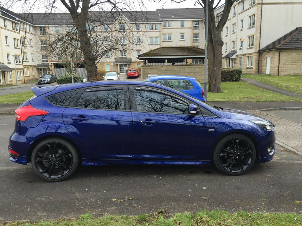 2017 ford focus st line 1 0 ecoboost turbo stunning inside and out satnav new tyres 125 bhp in. Black Bedroom Furniture Sets. Home Design Ideas