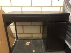 ** Free ** IKEA Desk