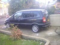 Vauxhall zafira 1.6 club mint 7 seater long mot bargain
