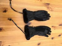 Ladies black ski gloves