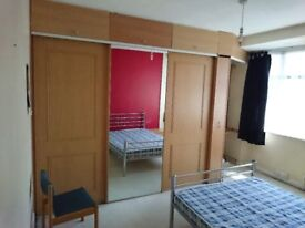 Double room to let - furnished - Tolworth (KT6) - £600/m inclusive