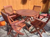 FOLDING TABLE & 4 CHAIRS