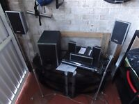 Sony DVD Home theatre system DAV-DZ260 with 2 stands