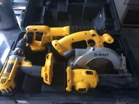 Dewalt 18v tool set. Reciprocating saw circular saw drill torch 3x batteries charger hard case