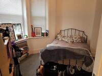 3 bedroom flat in Cromwell Road, Hove