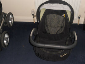 Silver Cross Linear Freeway Pram and 3 in 1 Travel System