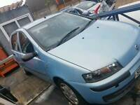 Fiat punto 2002 blue breaking for parts