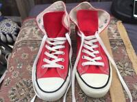 Converse ladies hi tops trainers red Size 7 Used v,good condition £10