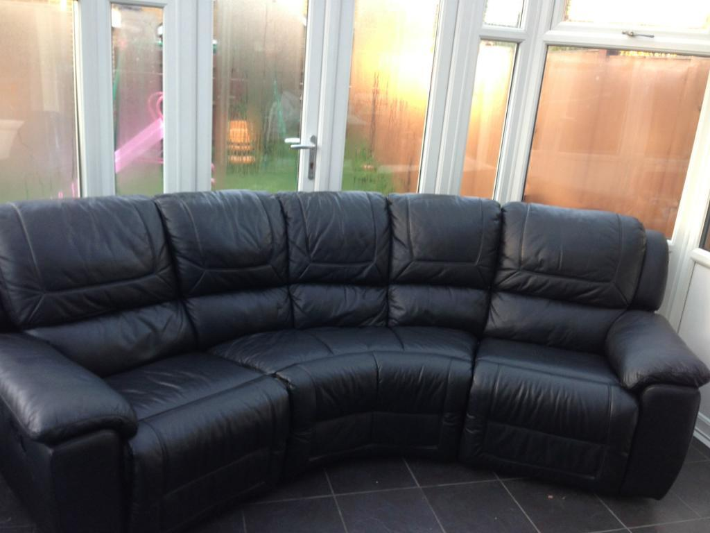 Black Leather Dfs 5 Seater Curved Recliner Used Very