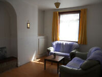 2 BEDROOM TERRACE - FIFE STREET, WINCOBANK - PART FURNISHED £400 PCM AVAILABLE