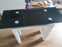 Small desk / Console