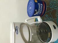 12 cup mini coffee maker and 631 g maxwell house coffee