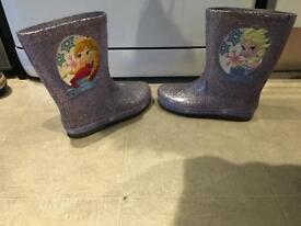 Disney Frozen boots. Both size 1 (size one) sparkly boots have light up heels